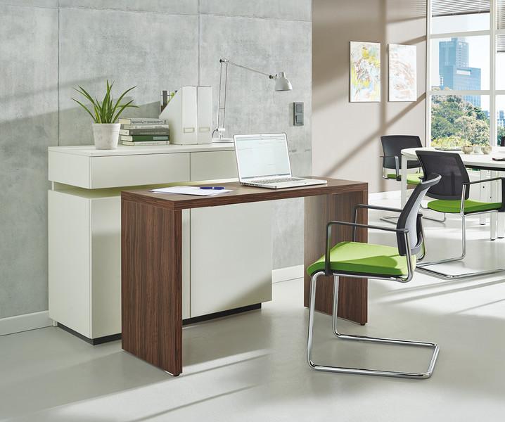 tisch oder sideboard das ist hier die frage. Black Bedroom Furniture Sets. Home Design Ideas