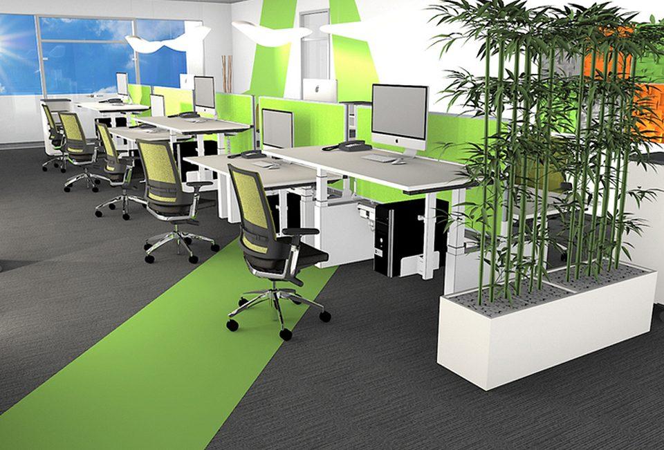 Gruppenbüro mit Kunstpflanzen